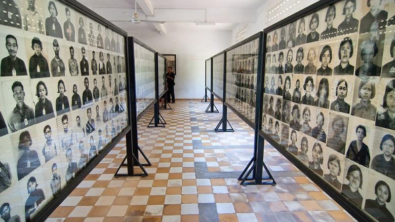 Tuol-Sleng-Genocide-Museum---Phnom-Penh,-Cambodia