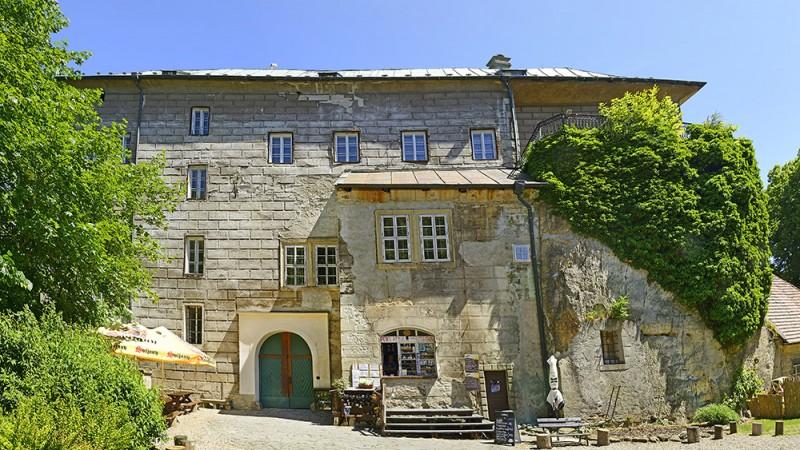 Houska-Castle