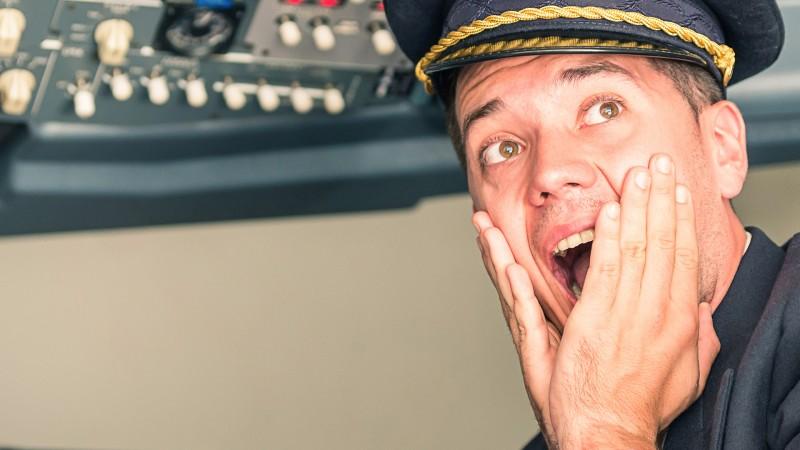 Officer-Jason-Dowd-JetBlue-Flight-191