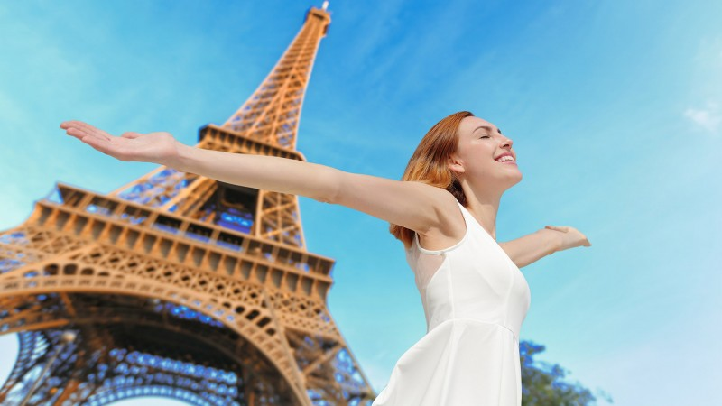 everyone-who-visits-france-goes-to-paris
